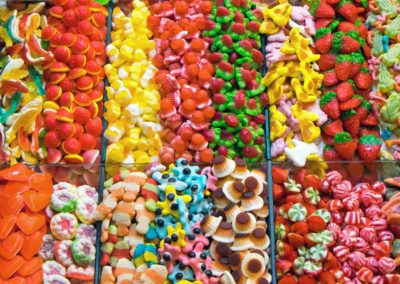 market-stall-full-of-candys-PV9XCSY